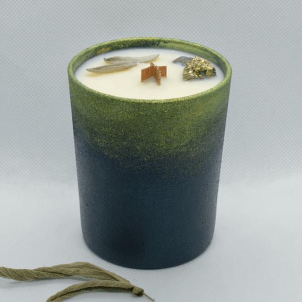 Cedrová svíčka s pyritem a iolitem